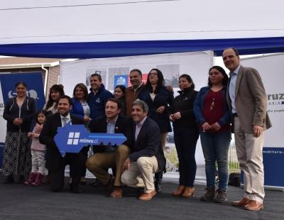 Ministro Monckeberg e Intendente Masferrer inauguraron conjunto habitacional de Integración Social en San Fernando