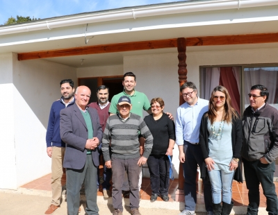 MINVU entrega viviendas de reconstrucción post incendios en Cardenal Caro