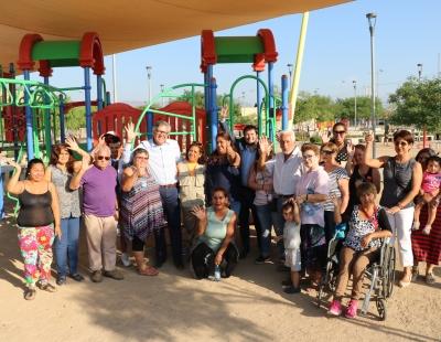 Minvu y vecinos de villa Cordillera se comprometen a cuidar parques