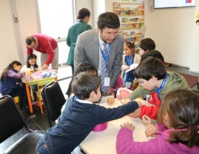 Odontopediatra visitó el Club de Niños de Serviu O'Higgins