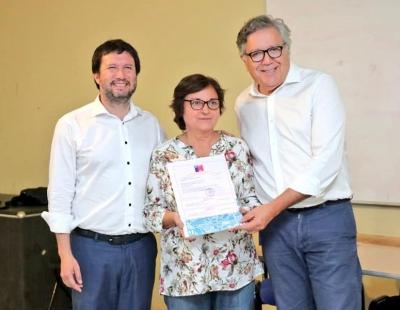 Alcalde de Rancagua y Director de SERVIU O'Higgins entregan subsidios a tres villas de la comuna